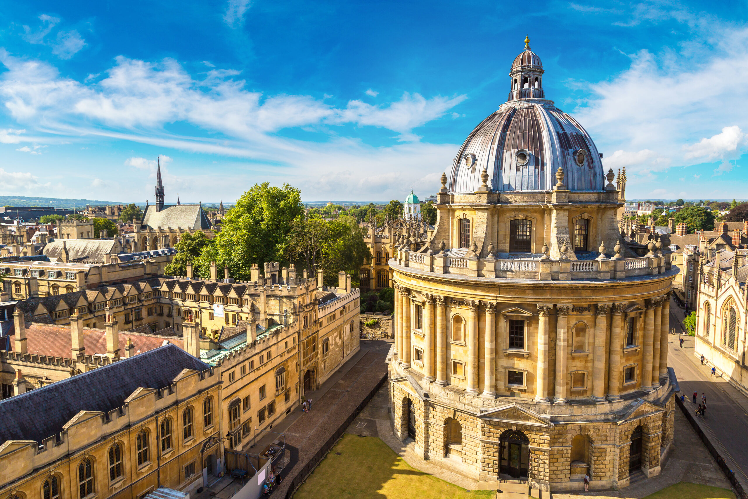 Radcliffe camera and oxford skyline
